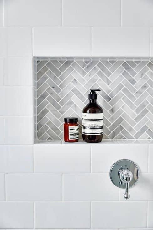 hamtpons style bathroom